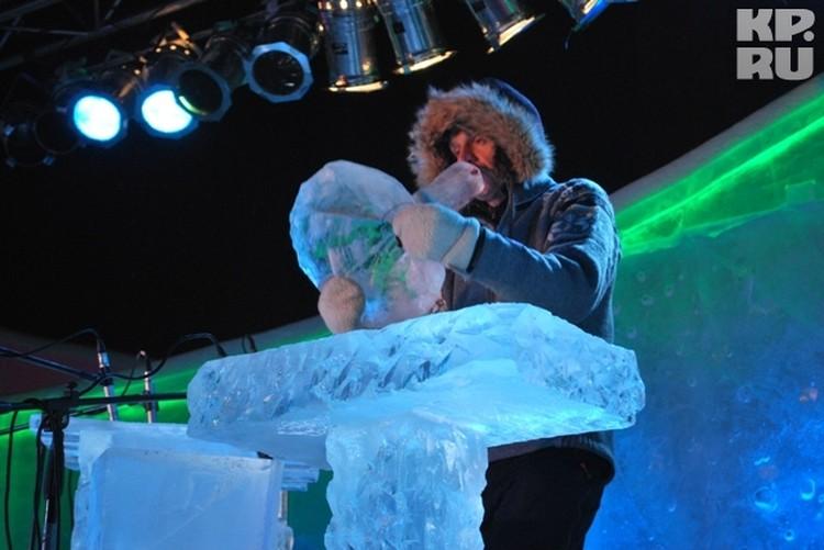 У норвежцев – натуральный айс! Все инструменты, на которых они играют, - изо льда.