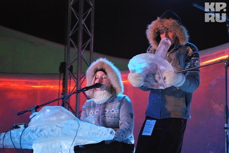 Музыкантам понравилось звучание пермского льда.
