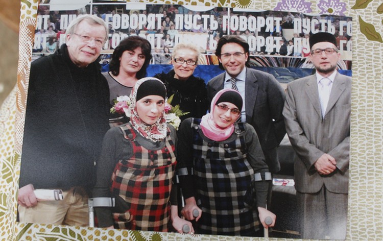 В честь 10-летия со дня их разделения сестрички приняли участие в ток-шоу Андрея Малахова «Пусть говорят»