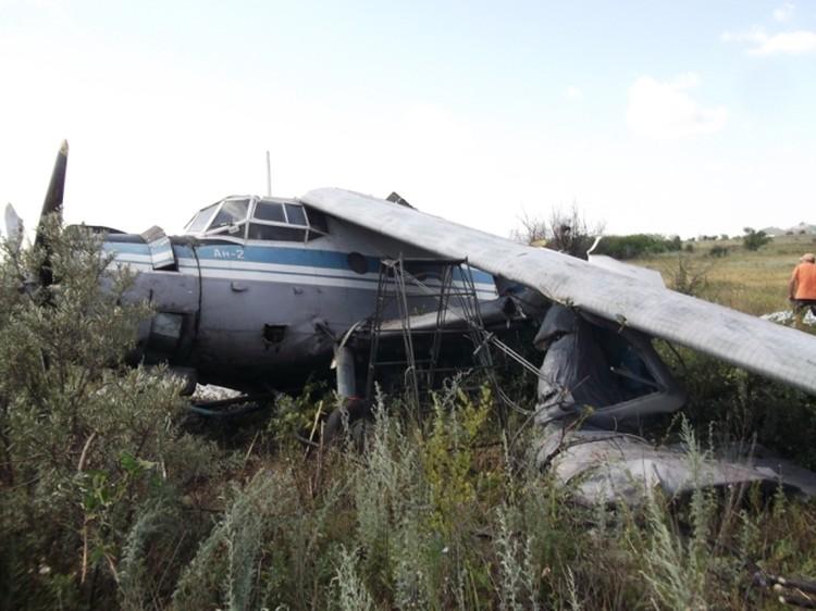 Самолет не дотянул 500 метров до взлетно-посадочной полосы