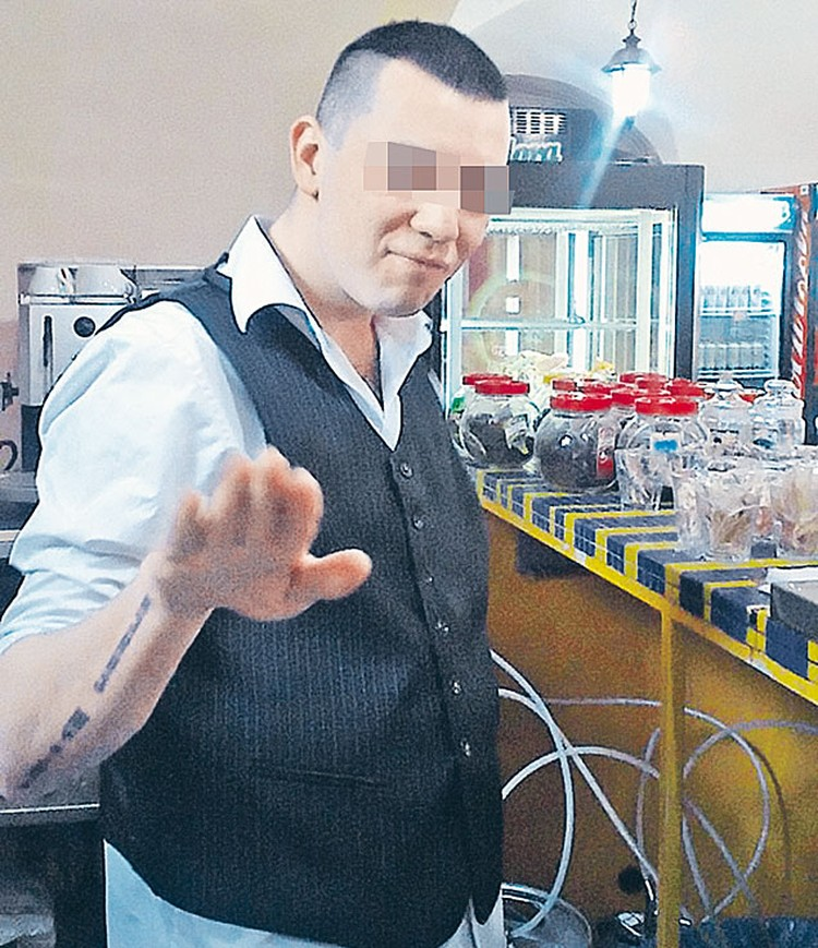 24-летний безвременно погибший Миша не скрывал своих политических увлечений ивыставлял фото в соцсети.