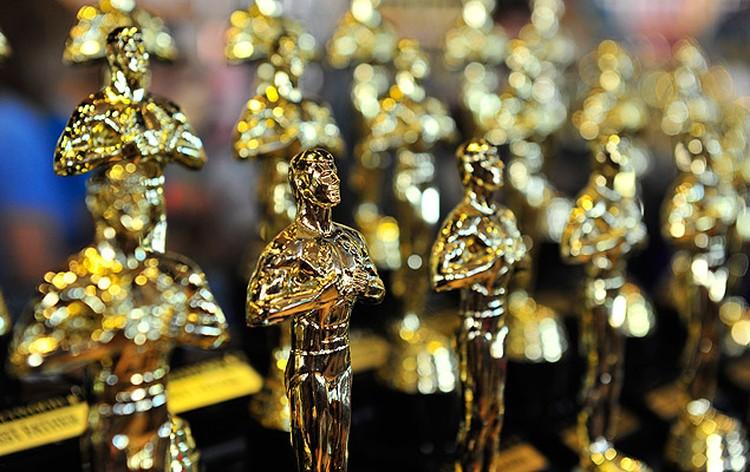 """Сувенирные стутуэтки """"Оскар""""."""