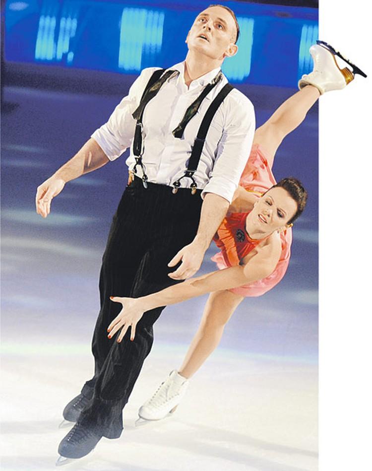 Мария Петрова с Аскольдом Запашным хоть на лед, хоть в цирк.