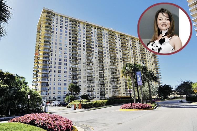 Наталья Королева навестила маму, обосновавшуюся в хорошем, но не самом престижном районе Майами.