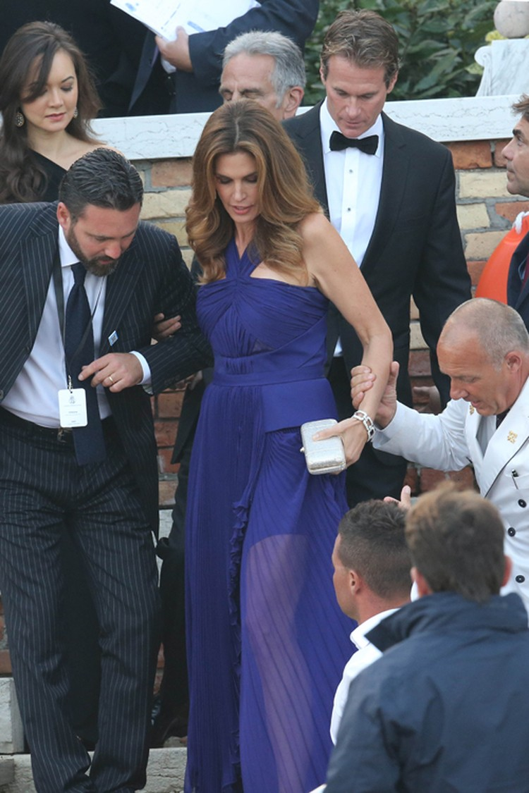 Муж Синди Кроуфорд Рэнди Гербер - давний друг Клуни - стал его шафером.