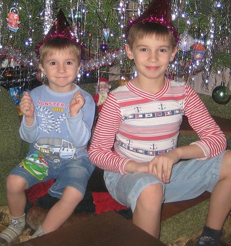 5-летний Тимофей и 9-летний Ваня