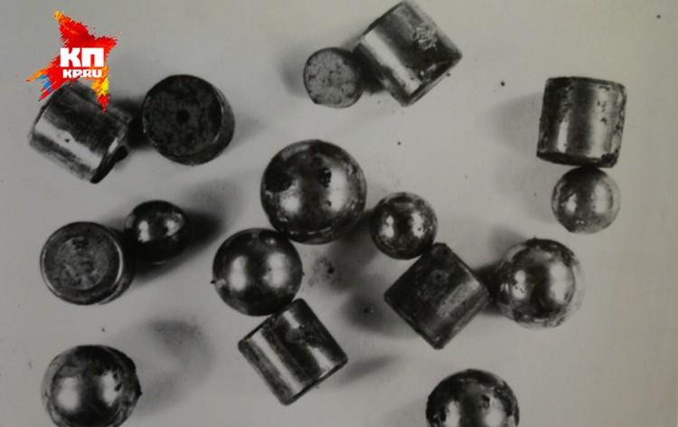 Свою бомбу шизофреник начинил различной железной мелочевкой. Фото: материалы уголовного дела