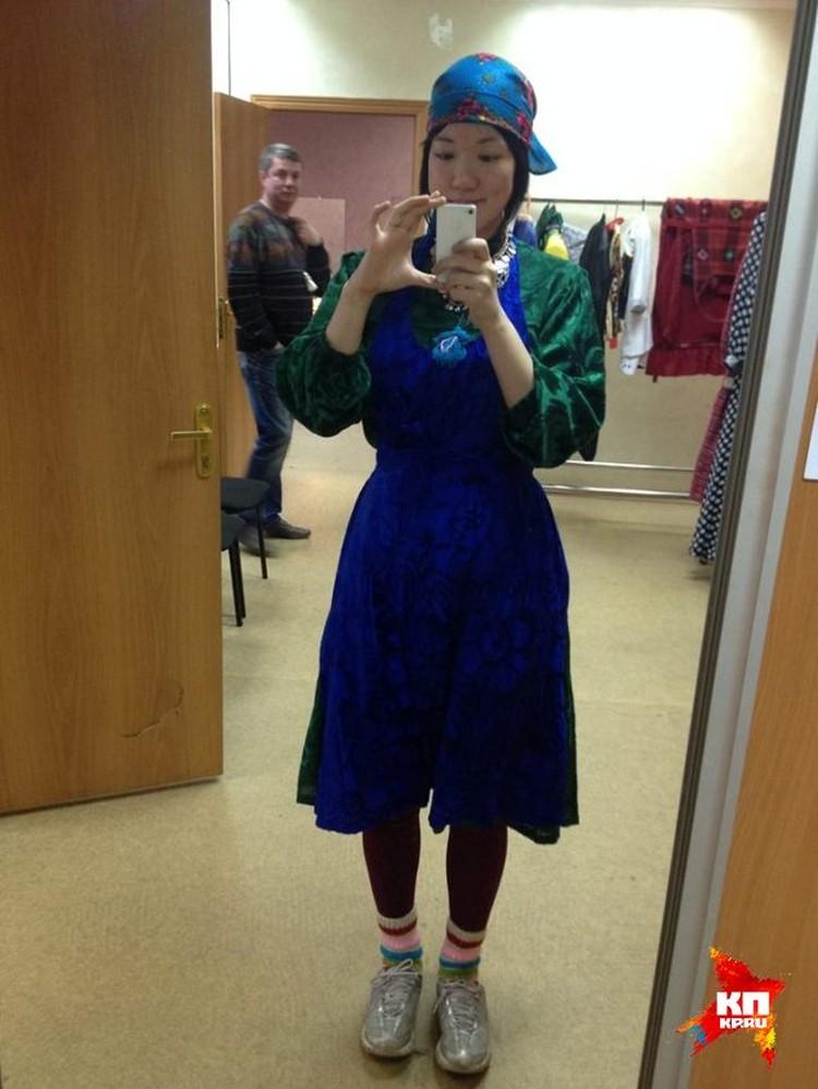 Хироко примерила национальный Удмуртский костюм. Фото из личного архива.