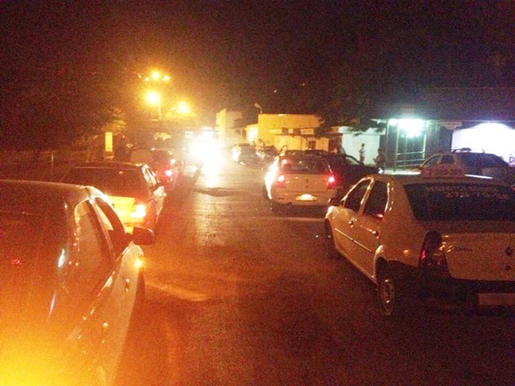 Неизвестный абонент вызвал более 30 машин такси. Фото: Сергей Галан vk.com/etorostov