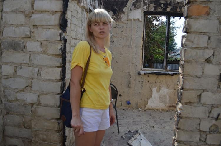 Оксана предполагает, что ракетница прилетела с соседней улицы.