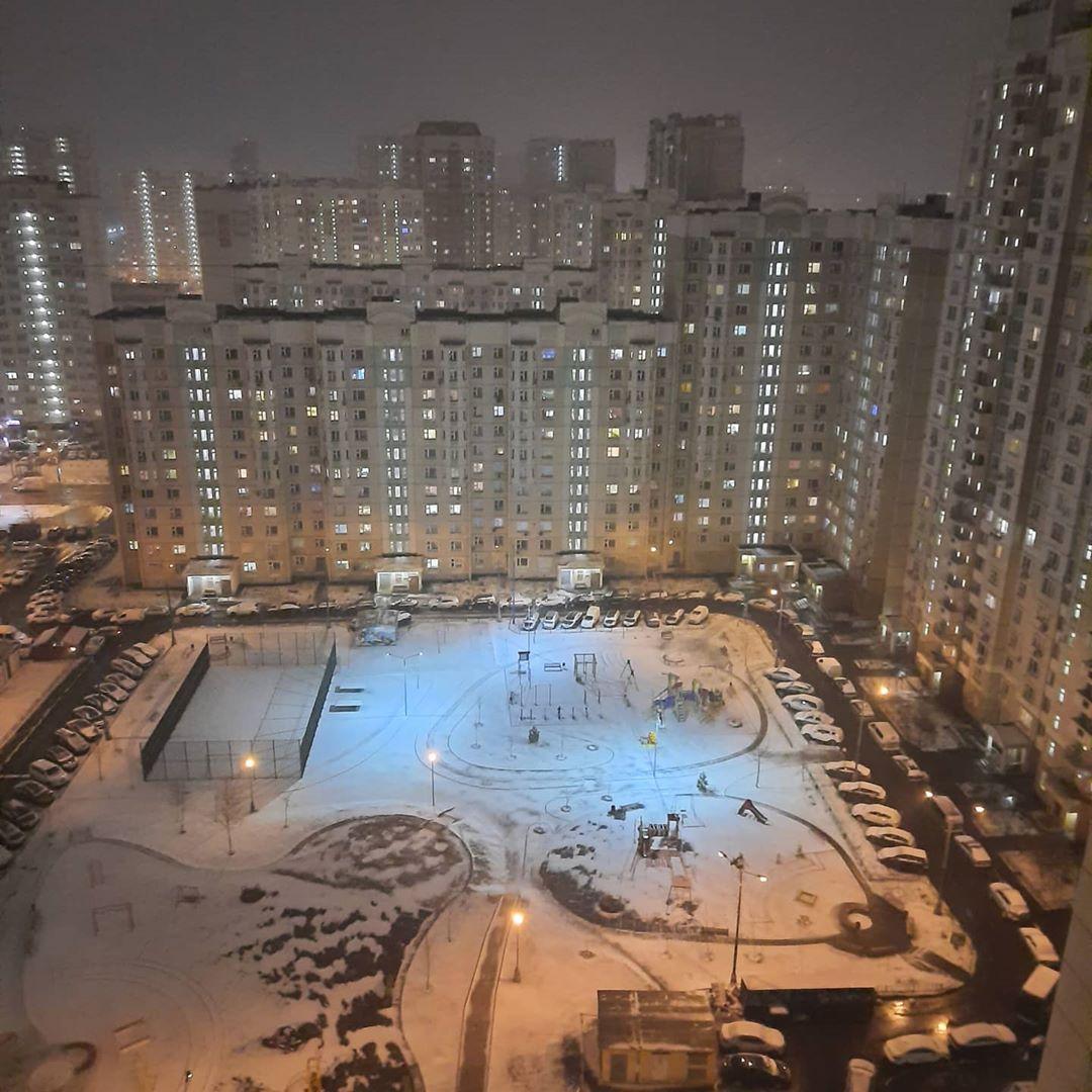 В Москве снег! #москва #погодавмоскве #погодавмарте #весна
