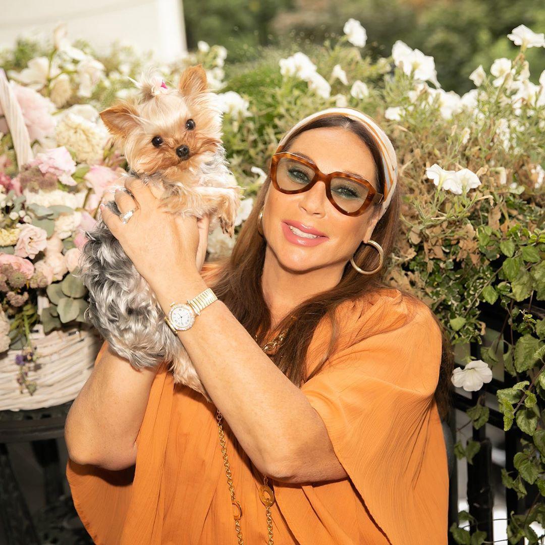 ернулась из Бейрута, где была два дня на свадьбе у семьи известного модельера Эли-Сааб. Женился его сын