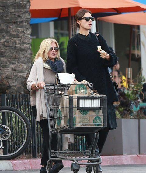 Pregnant Irina Shayk bonds with Bradley Cooper's mother on supermarket trip