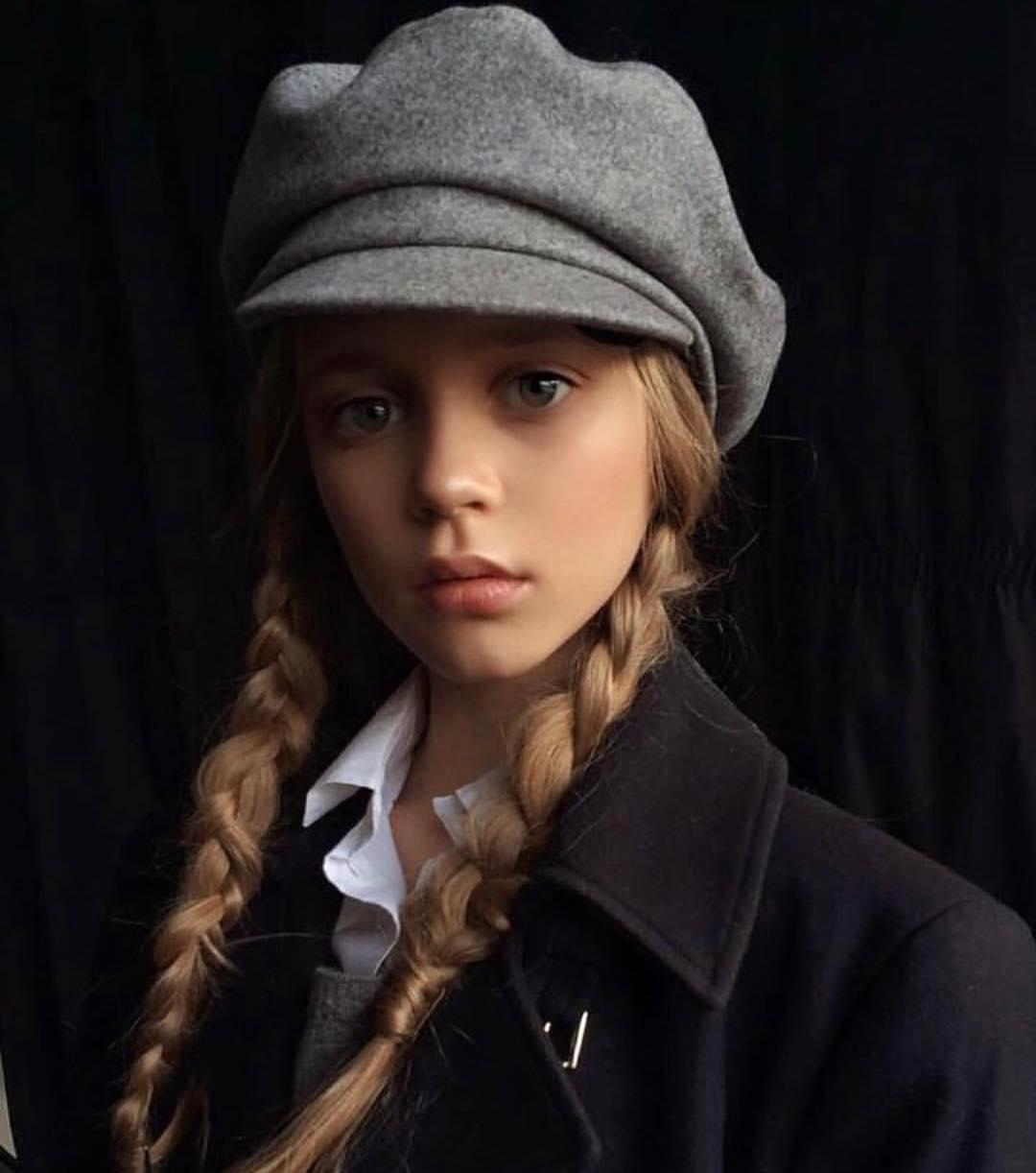 Пятиклассница из Сибири покоряет империю моды